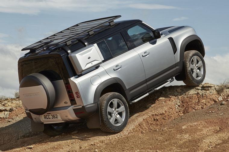 land-rover-defender-rear