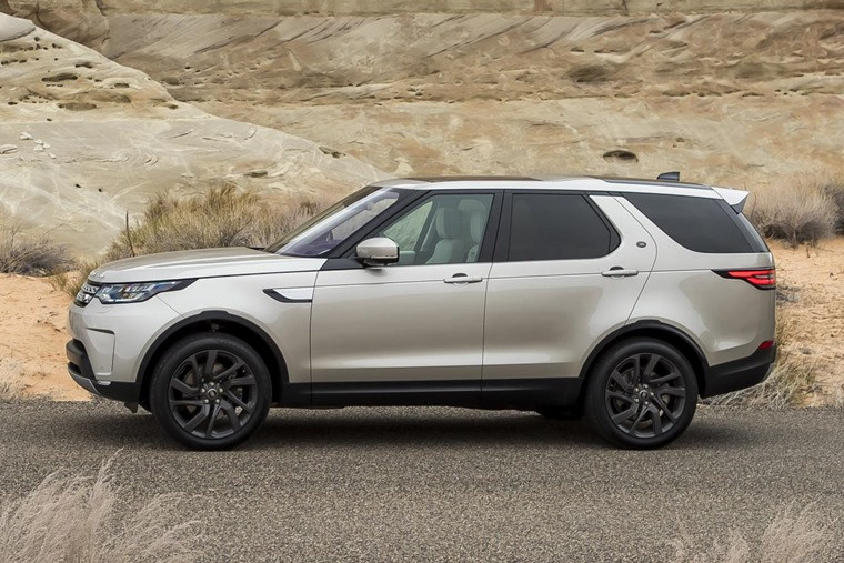 Land Rover Discovery off-roader
