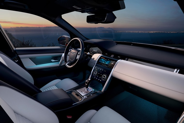Land Rover Discovery Sport 2019 interior