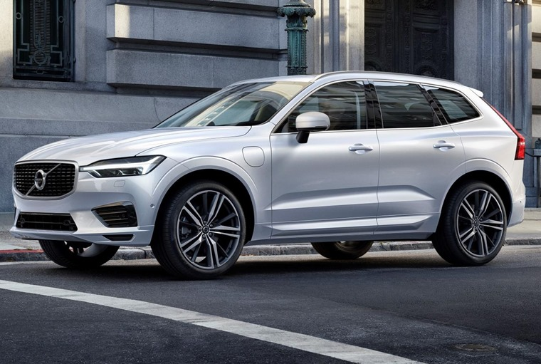 The new Volvo XC60 gets its premium looks from its larger sibling, the XC90.