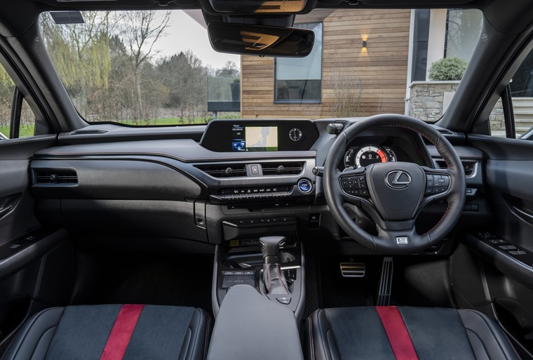 Lexus-UX-Interior-30