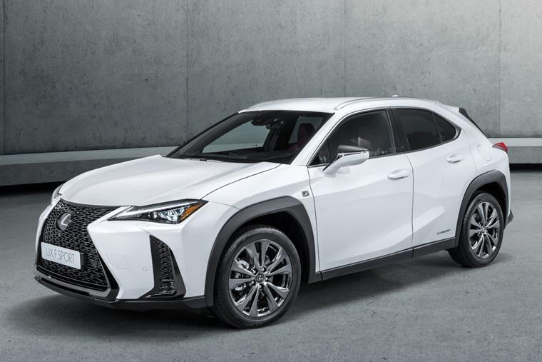 Lexus_UX034