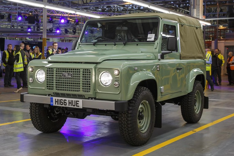 The last Defender rolled off the production like in 2016, and its replacement will likely feature hybrid tech.