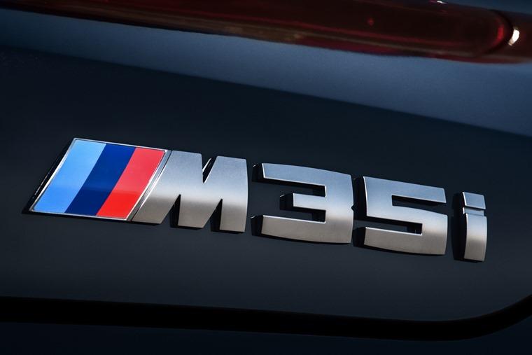 M35i badge X2