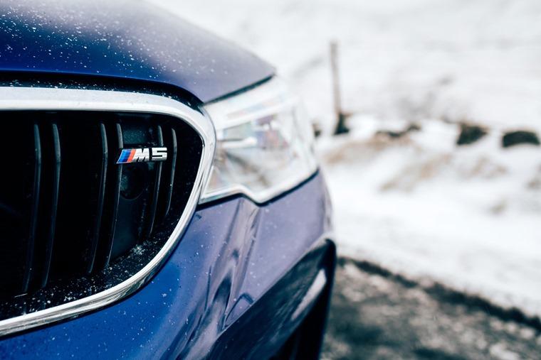2018 BMW M5 badge
