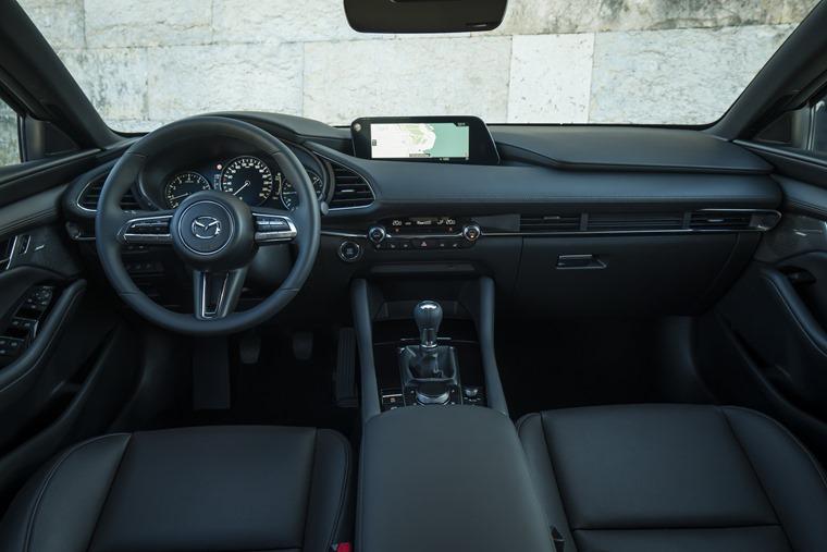 Mazda3_HB_Polymetal_interior-2