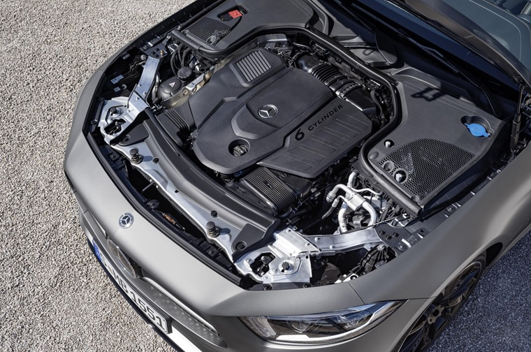 Mercedes-Benz CLS engine