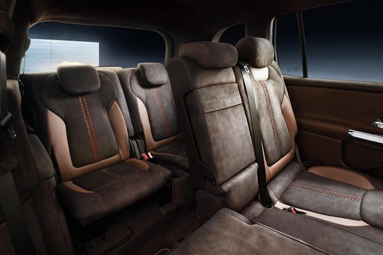 Mercedes-Benz GLB rear passenger