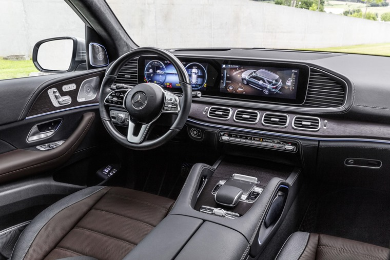 Mercedes-Benz GLE 2019 interior
