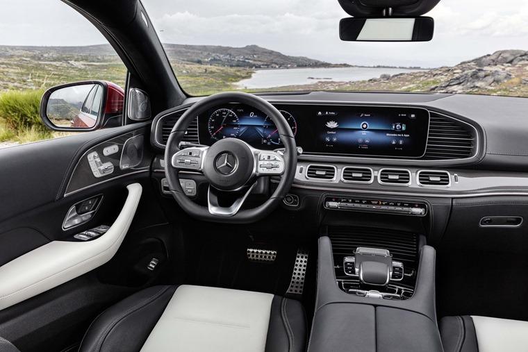 Mercedes-Benz GLE 2020 interior
