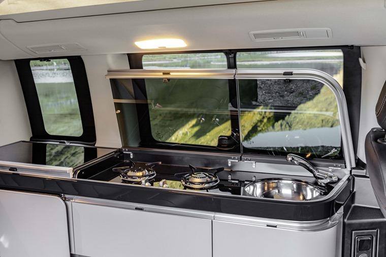 Mercedes-Benz V-Class Marco Polo 2019 kitchen