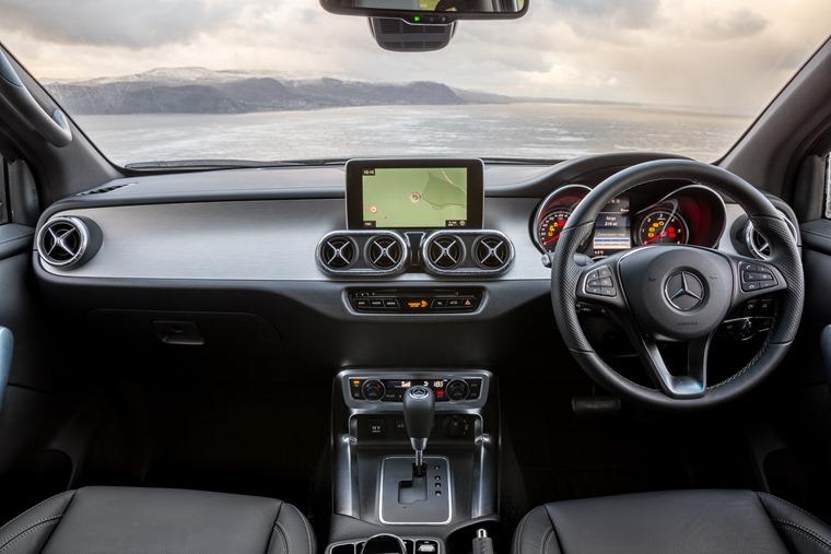 Mercedes-Benz X-Class-72