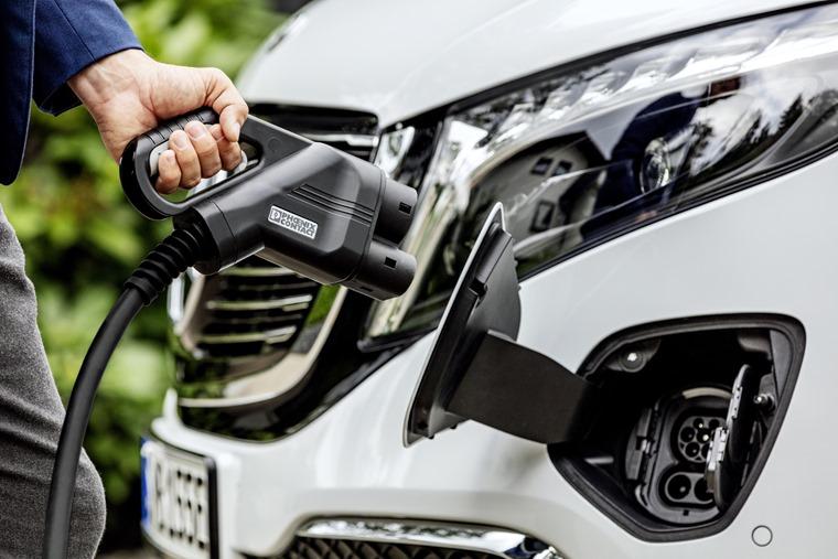 Mercedes EQV 2019 charging