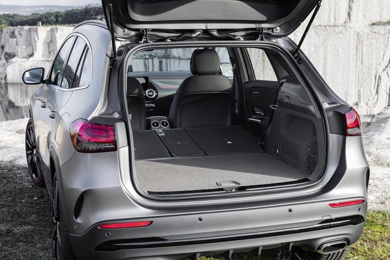 Mercedes GLA 2020 boot