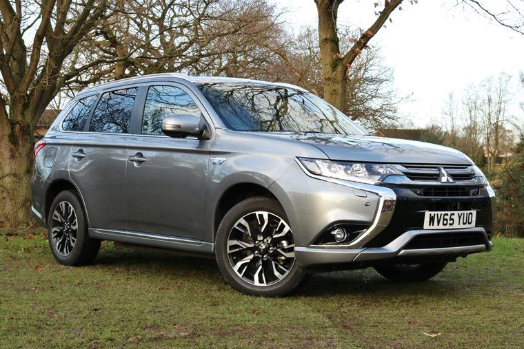 Mitsubishi Outlander Phev 2016 Grey Front Static