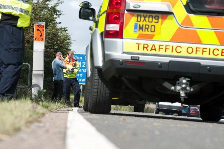 Motorway-hard-shoulder-traffic-officer_3
