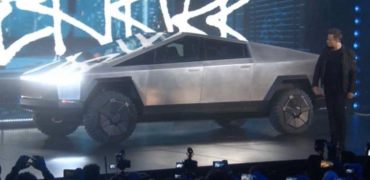 Musk Cybertruck