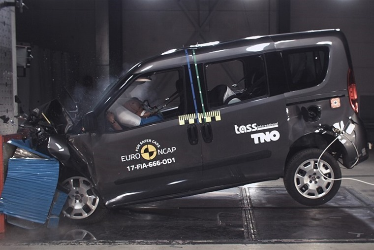 The revised Fiat Doblo MPV scored a rather dissappointing three stars.