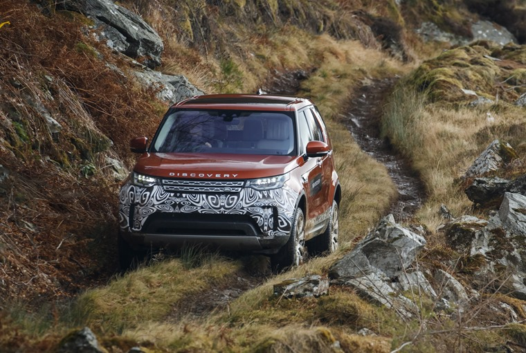 The fifth generation Discovery is some 480kg lighter than the car it replaces