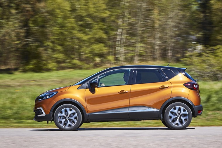 New Renault Captur side