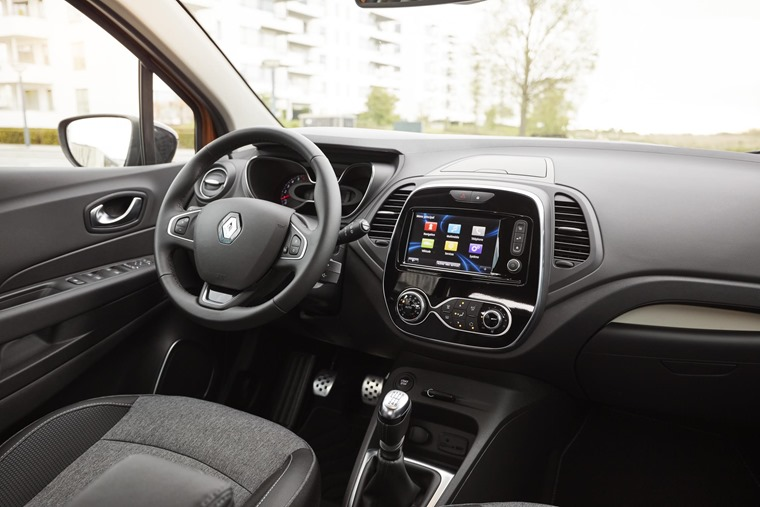 New Renault Captur interior
