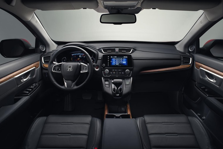 The CR-V will be available as a seven-seater for the first time, and benefits from the same infotainment tech as the latest Civic.