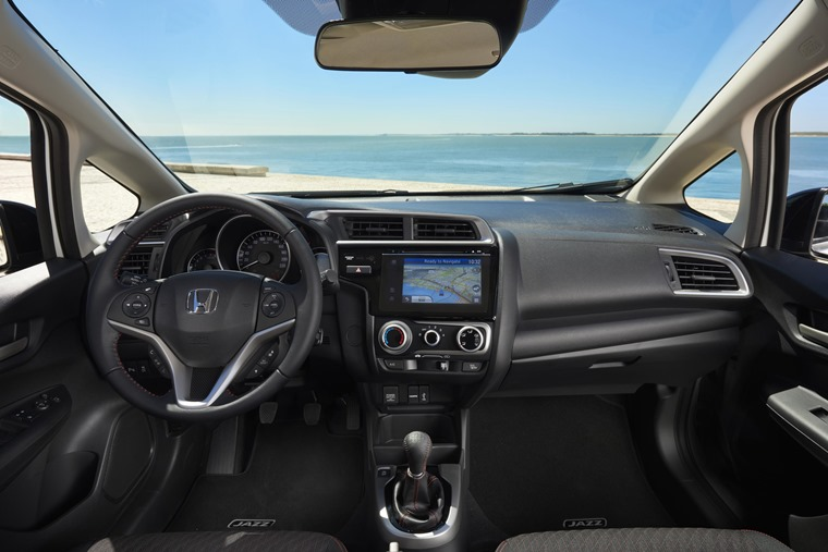 2018 Honda Jazz Dynamic interior
