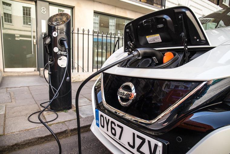 Nissan LEAF Charging (7)