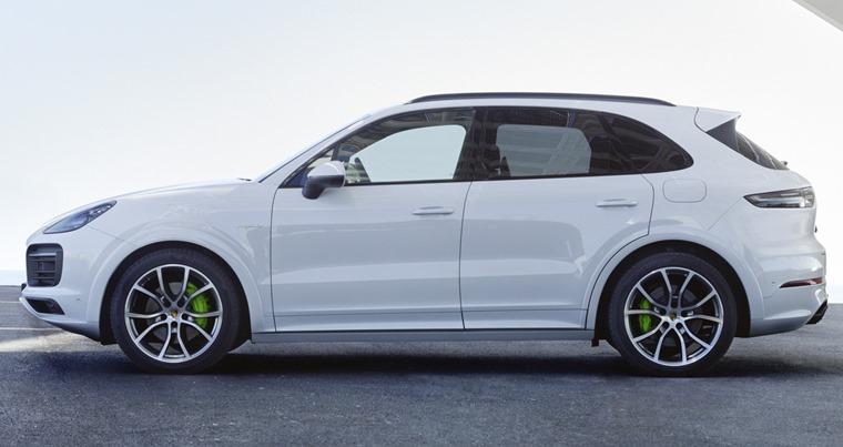 Porsche Cayenne E-Hybrid 2018 side