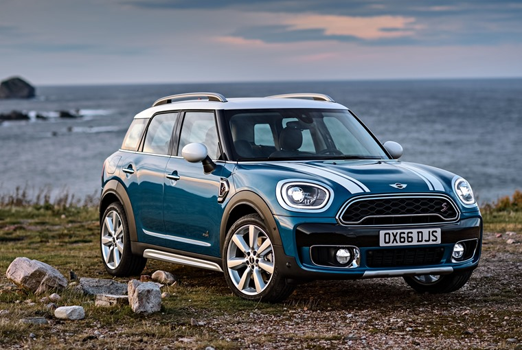 Mini Countryman 2017 Gets Plug In Hybrid Option And John Cooper