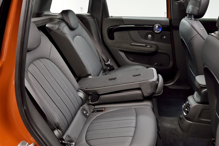 Mini Countryman 2017 Rear Seats