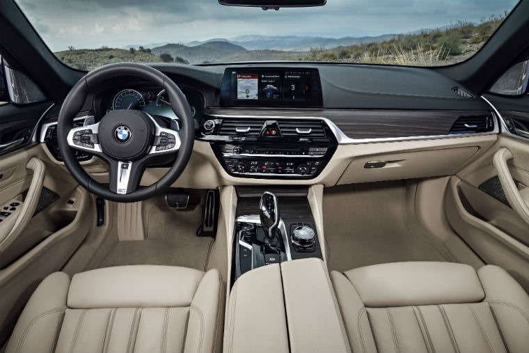 P90245028_highRes_the-new-bmw-5-series