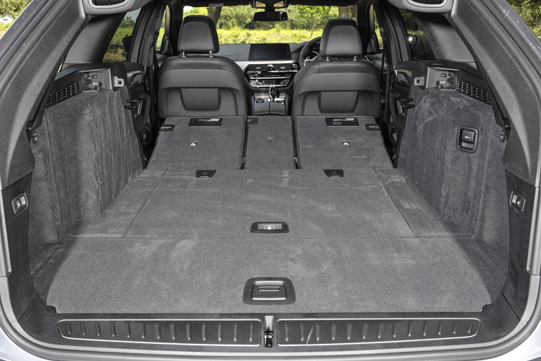 BMW 5 Series Touring boot