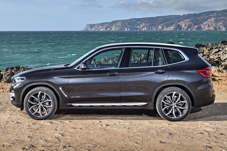 BMW X3 side shot