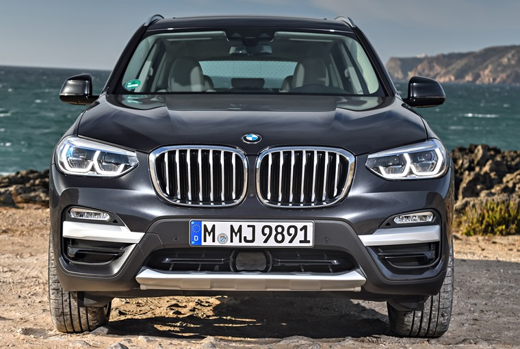 BMW X3 front, static