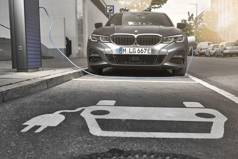BMW 3 Series charging