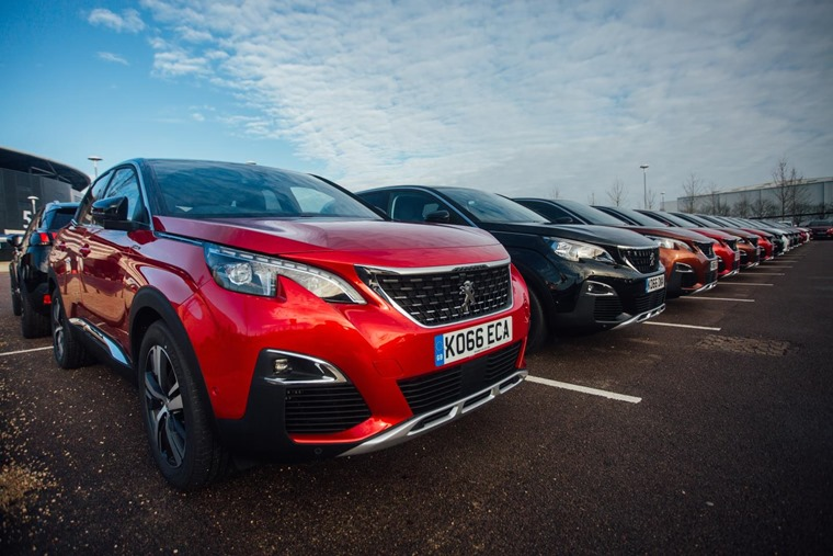 Peugeot 3008 Drive Away - parked