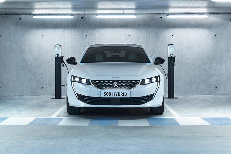 Peugeot 508 hybrid 2019