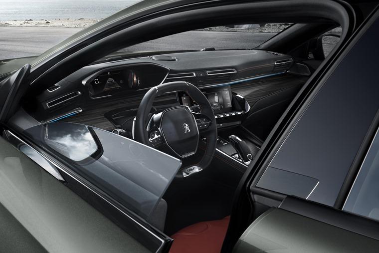 Peugeot 508 SW gets pillarless windows