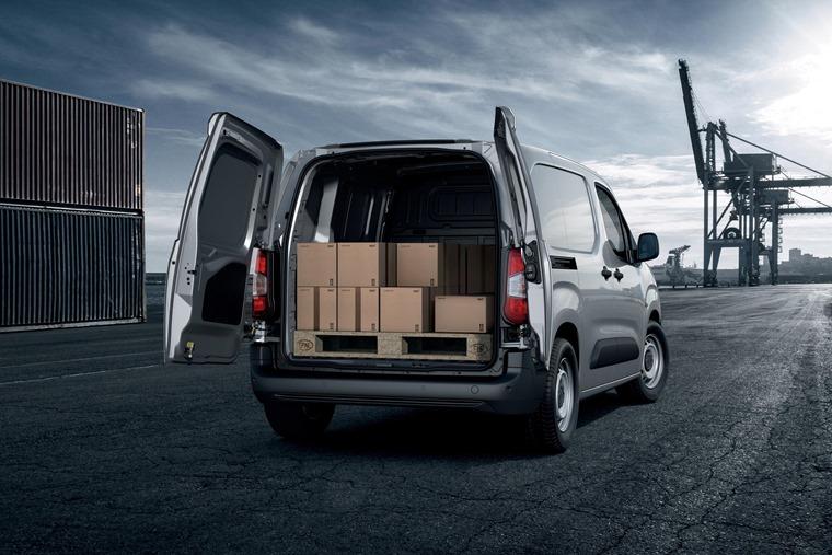 Peugeot Partner 2018 rear load area