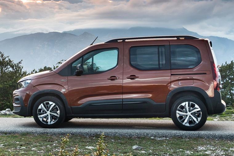 Peugeot Rifter side