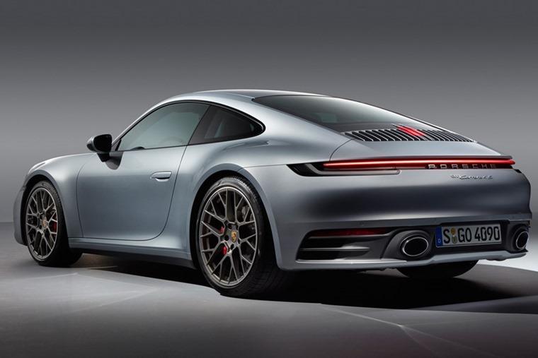 Porsche 911 992 rear
