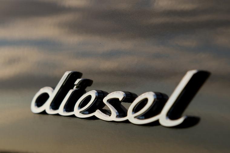 Porsche Macan diesel RHD UK 2014 (8)