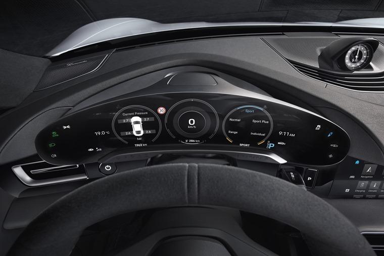 Porsche Taycan digital dashboard