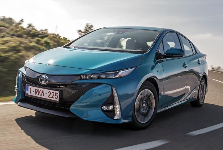 2017 Toyota Prius PHEV
