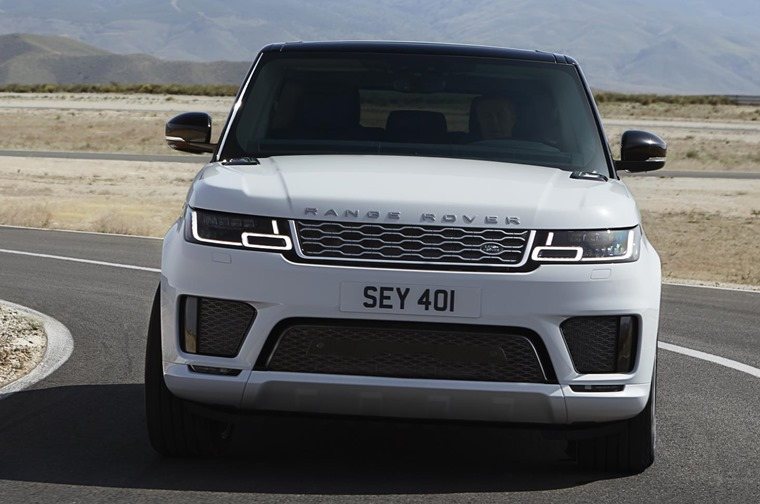 Range Rover Sport PHEV front