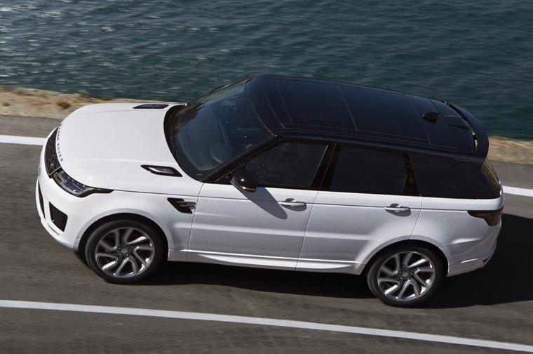 Range Rover Sport PHEV top