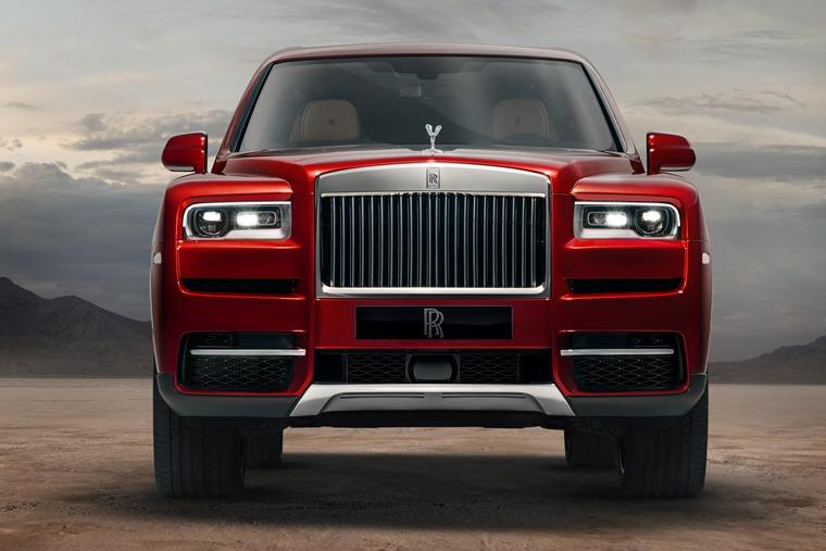 Rolls Royce Cullinan lead