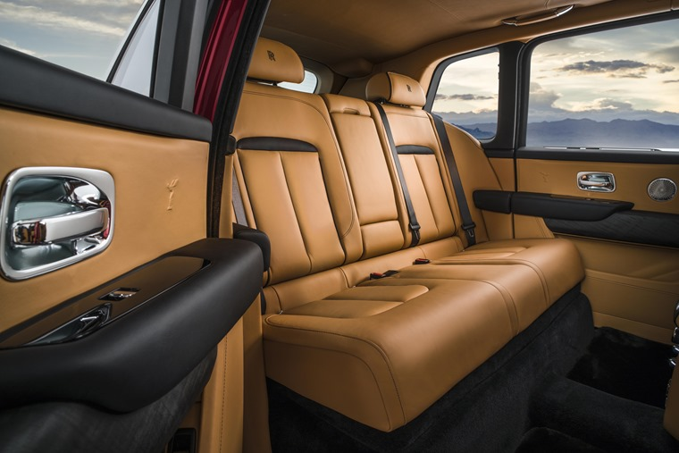 Rolls Royce Cullinan rear interior