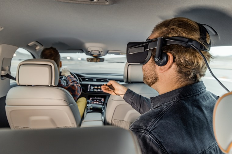 Small-Audi-turns-the-car-into-a-virtual-reality-experience-platform-at-CES--5394